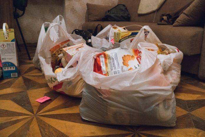 Пакети першої необхідності для потребуючих зберуть у Червонограді