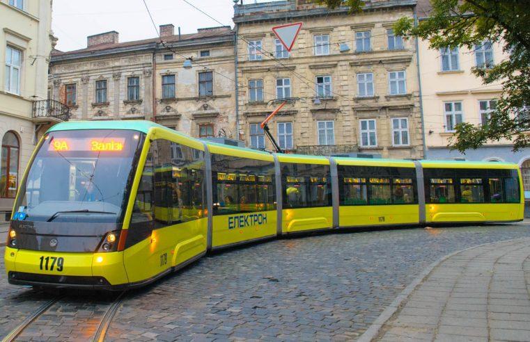 Ще у двох водіїв у Львові експрес-тести виявили коронавірус