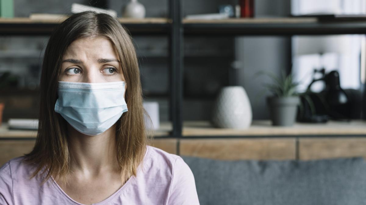 МОЗ України роз'яснив як будуть допомагати хворим на COVID-19 у домашніх умовах
