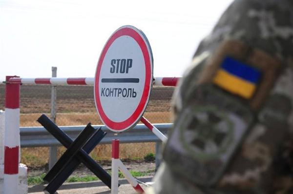 Рух через державний кордон України продовжує скорочуватися. Прикордонники допомагають українцям повернутися додому
