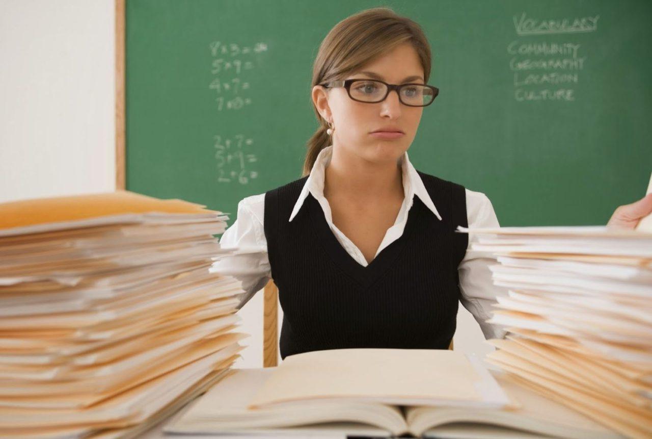 На період карантину за вчителями, вихователями, майстрами та викладачами зберігається середня заробітна плата