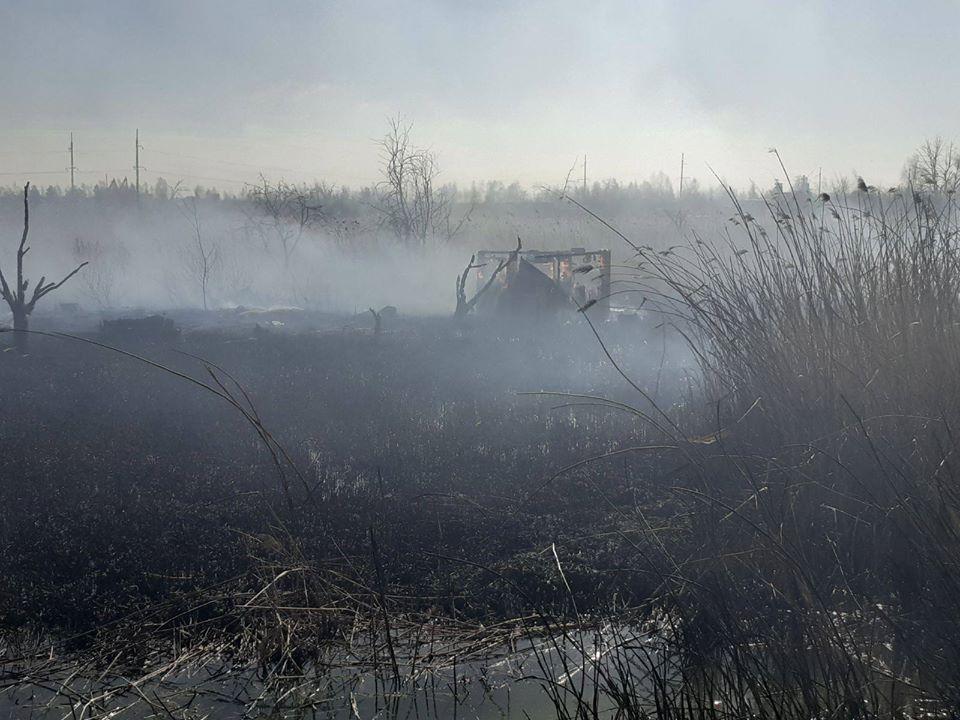 У Червонограді внаслідок спалювання сухої трави згоріло 10 дерев'яних дачних будинків