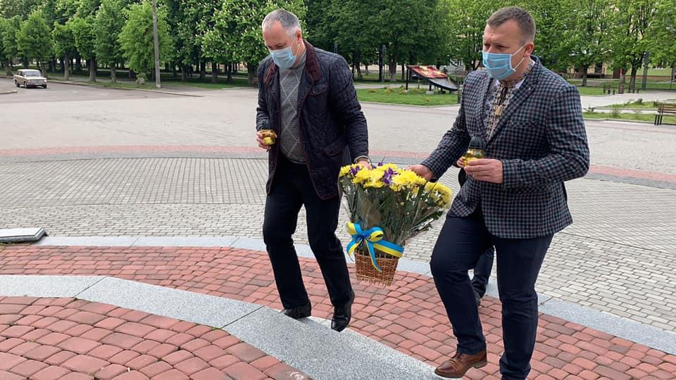 В Червонограді вшанували жертв політичних репресій.