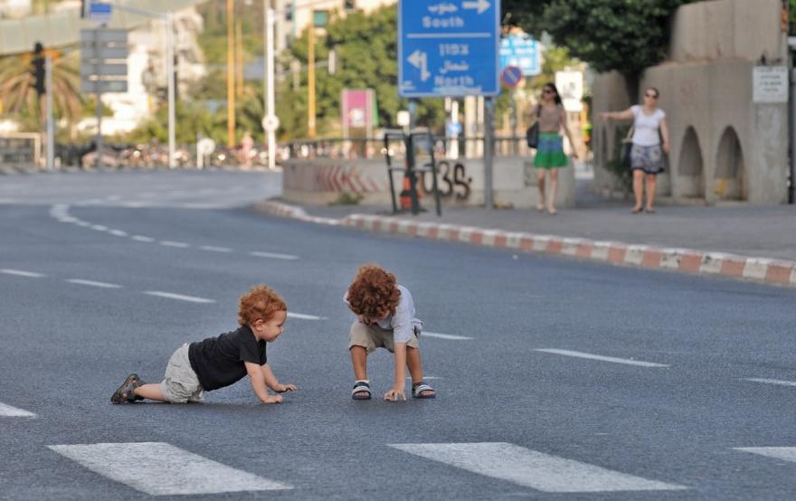 Літо: безпека на дорогах – нагадайте дітям про головне!