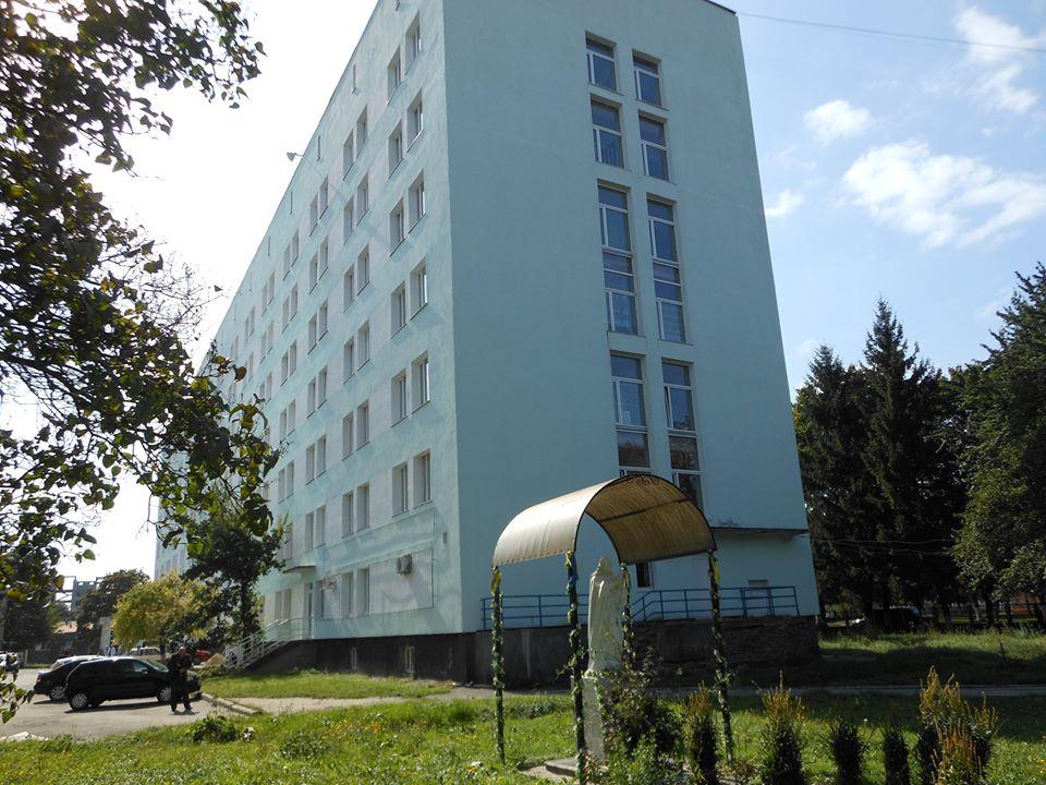 Червоноградська лікарня прийматиме хворих на коронавірус