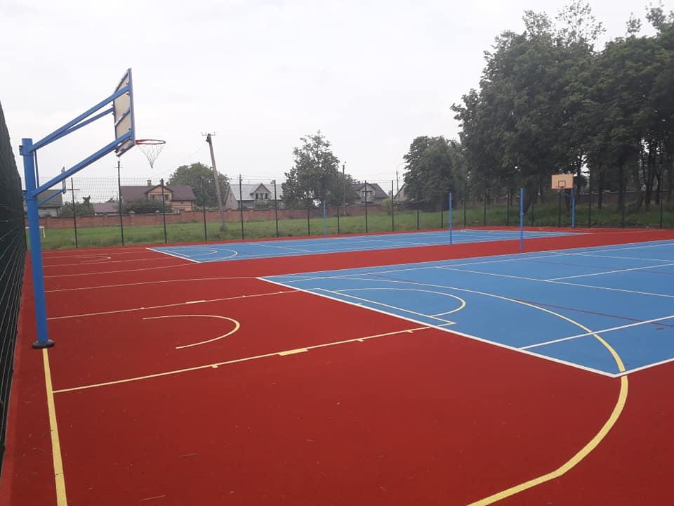 У Сокалі завершили будівництво спортивного майданчика