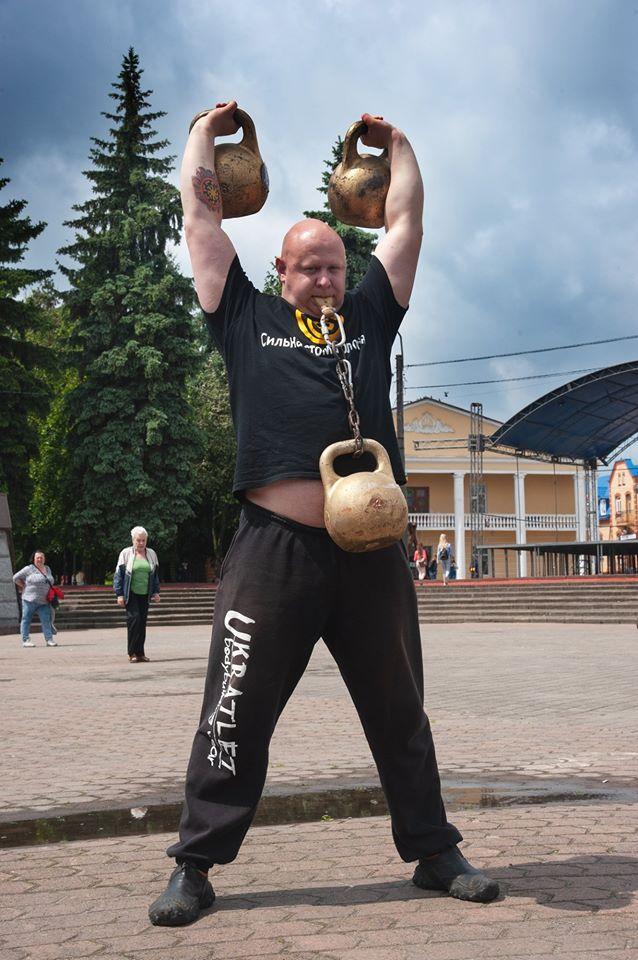 Український рекордсмен, лікар-педіатр, Олег Скавиш працюватиме у Соснівській лікарні