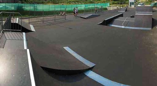 Скейтпарк у Червонограді – чудовий і здоровий спосіб відпочинку, як для маленьких, так і для дорослих мешканців міста