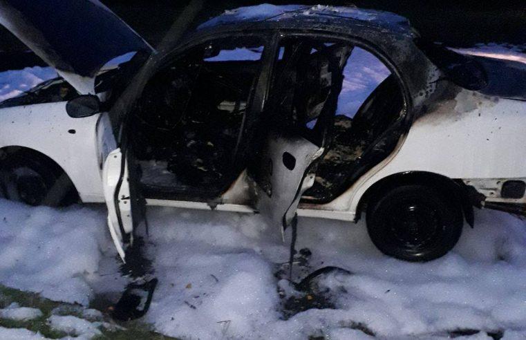 У Червонограді в неділю згоріла автівка