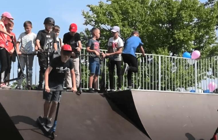 Скейтпарк у Червонограді – мрія, яка стала дійсністю. 13 вересня його офіційно відкрити і провели перші змагання