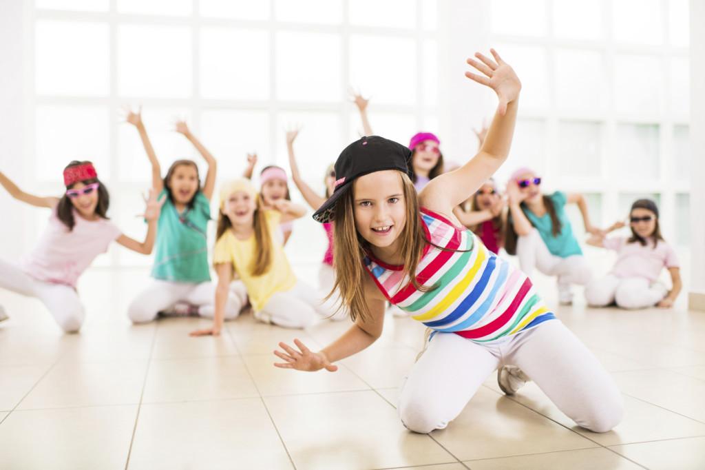 Які гуртки для дітей і дорослих пропонує Народний дім Червонограда