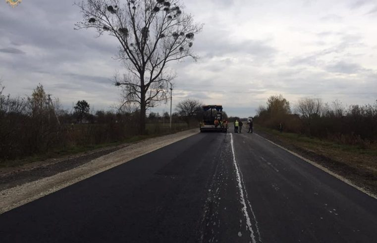 Триває ремонт дороги від Великих Мостів до с.Реклинець
