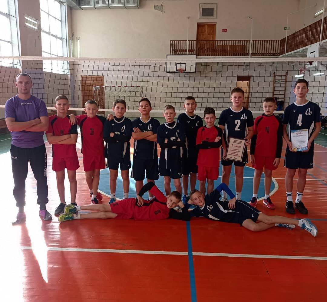 """Сокальські юні """"Соколяни"""" перемогли в обласних змаганнях з волейболу"""