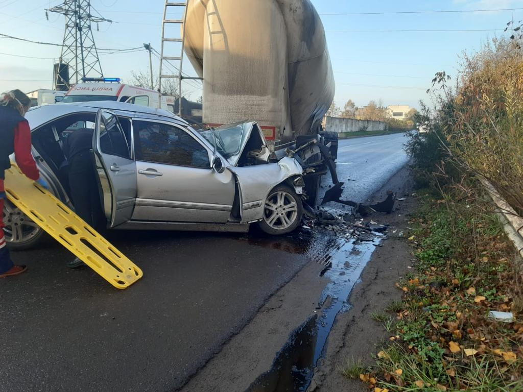 Водій автопоїзда п'яним не був – нові подробиці аварії в Червонограді, де загинули двоє хлопців