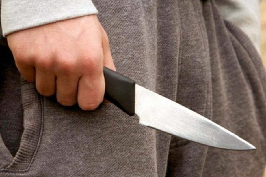Червоноградець під час сварки завдав ножових ударів знайомому
