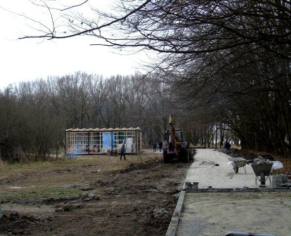 Голова Червоноградської райради оглянув місце, де будується центр байдаркового туризму