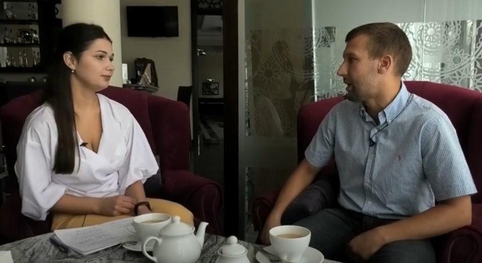 Розмова за кавою з Василем Чорноуськом