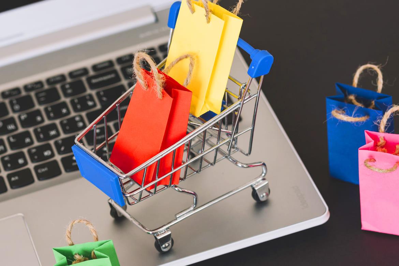 Як не стати жертвою шахраїв, здійснюючи покупки через Інтернет – поради від поліції Львівщини