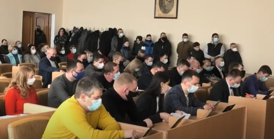 Депутати Червоноградської міської ради контролюватимуть реконструкцію СК «Шахтар»