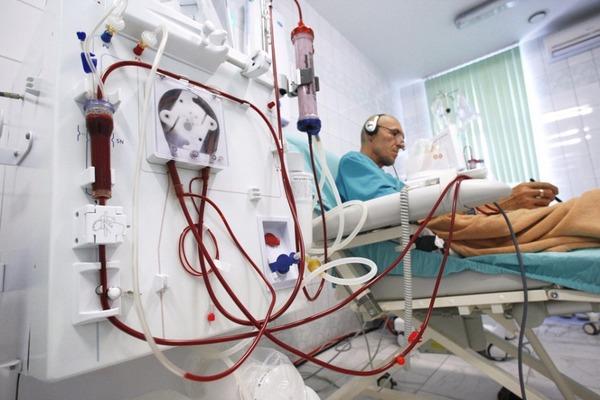 Червоноградській міській лікарні передали на баланс відділення хронічного гемодіалізу
