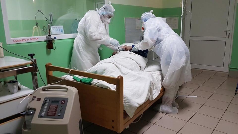 """""""Кількість хворих, які перебувають на амбулаторному лікуванні, не зменшується"""", – Роман Швед про ситуацію з коронавірусом"""