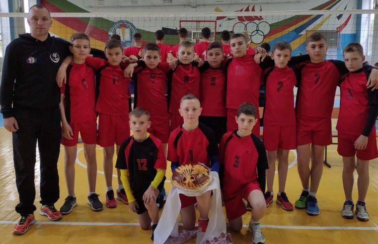 """Команда ДЮСШ """"Соколяни"""" стала Чемпіоном України з волейболу серед юнаків"""