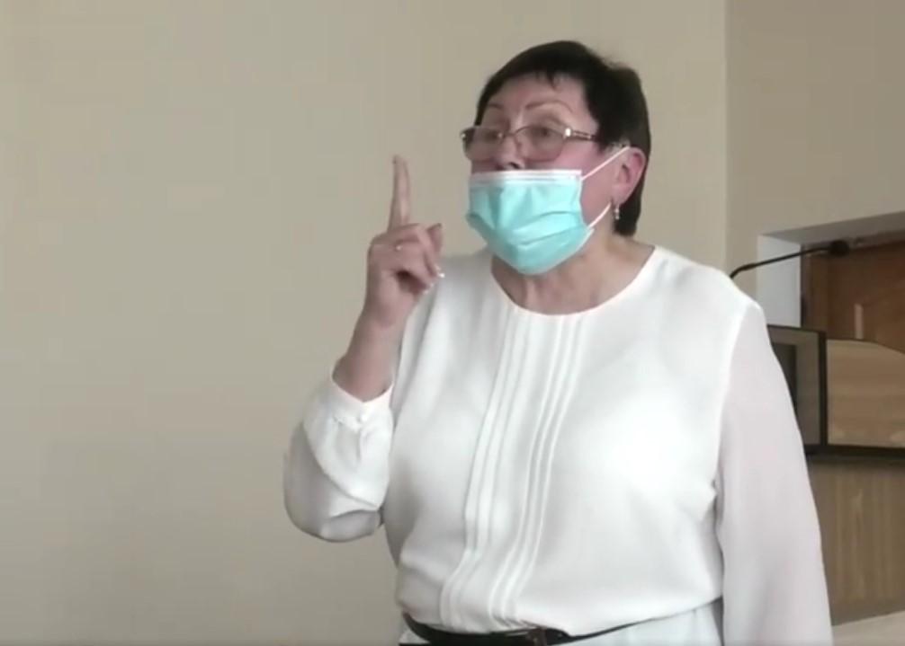 Директорку Соснівської школи визнали винною у булінгу