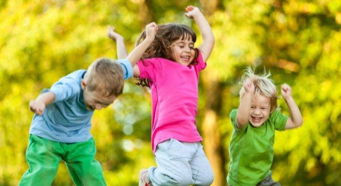 Дітей пільгових категорій Червоноградської громади запрошують на оздоровлення та відпочинок