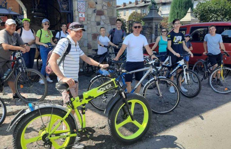 Червоноградці взяли участь у  велопрощі до храму св. Миколая м.Белз