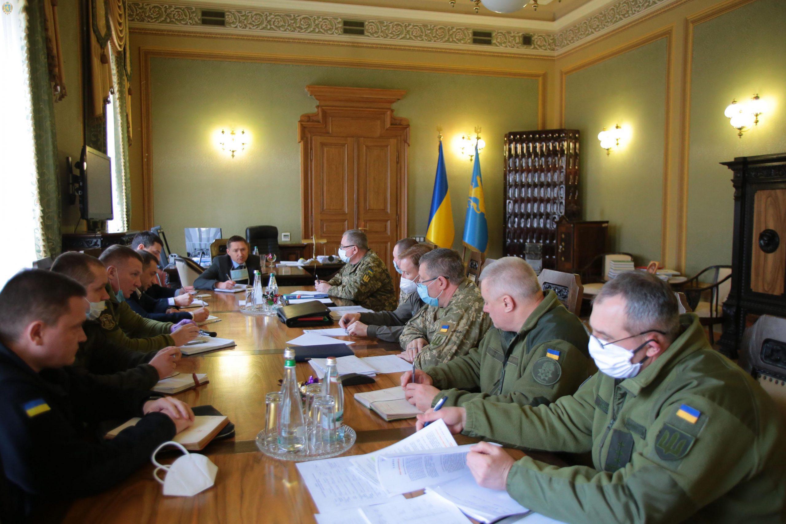 Військові силові структури області перейшли в режим роботи в НС