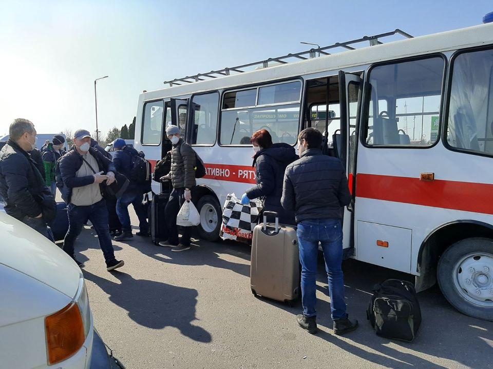 """Операція – """"Повернення"""". Українським громадянам забезпечено доїзд на територію нашої держави"""