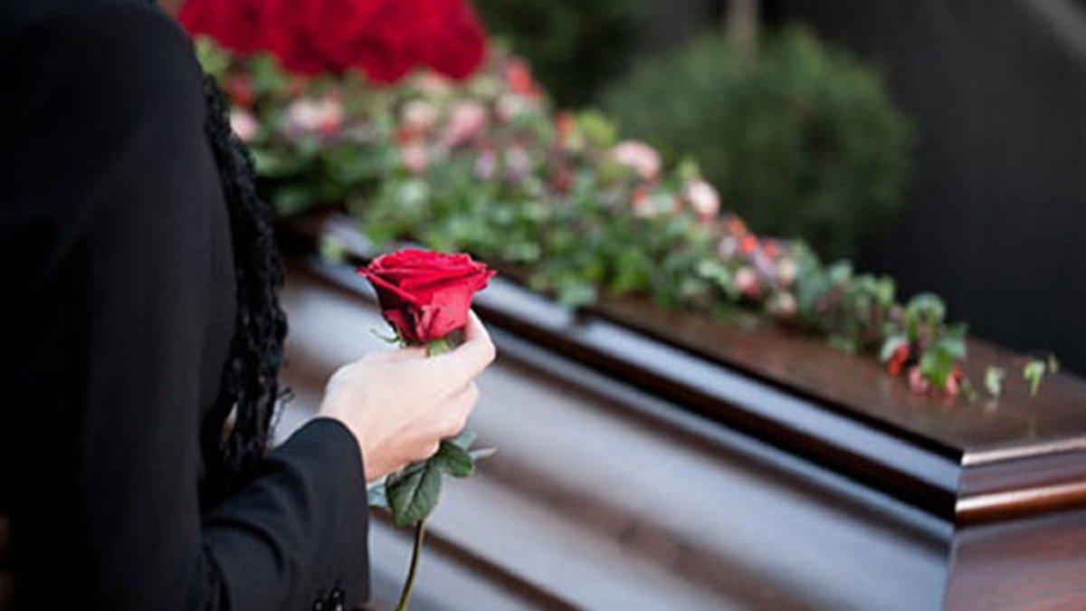 «Коронавірус убиває двічі»: які в Україні рекомендації щодо безпечного поховання померлих від COVID-19