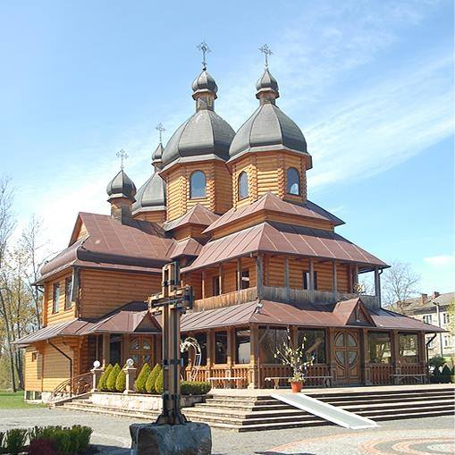 Недільна Літургія із храму УГКЦ Владичиці України