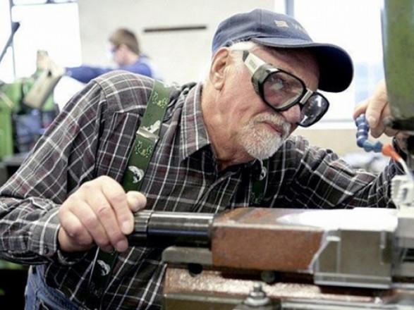 На Львівщині пенсії працюючим пенсіонерам збільшать в середньому на 157 грн