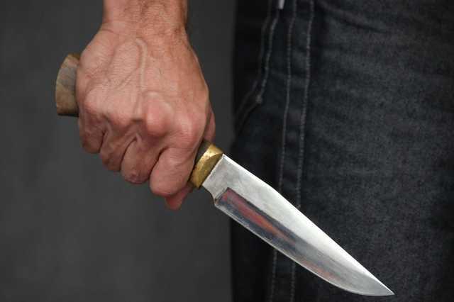 На Сокальщині дядько вдарив ножем племінника