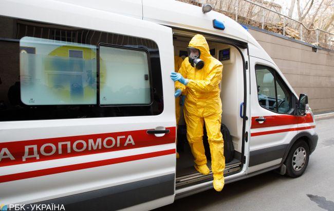 За добу наявність коронавірусу підтвердили у 48 мешканців Львівщини. У Червонограді – 2