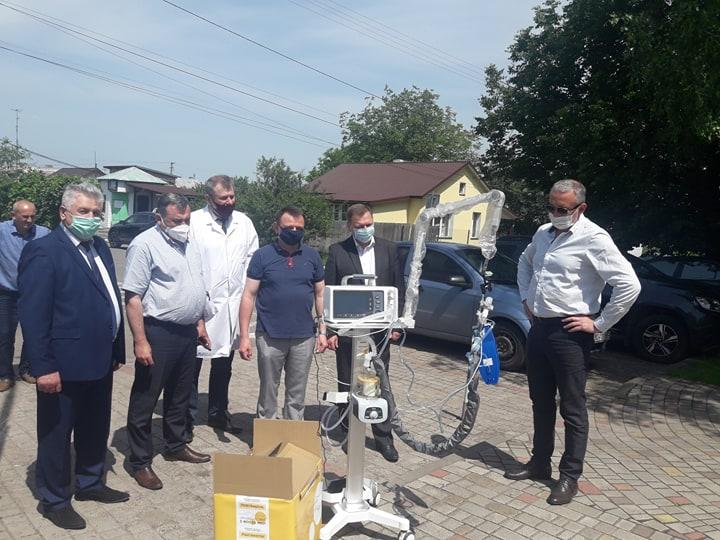 Сокальська ЦРЛ отримала новий апарат ШВЛ