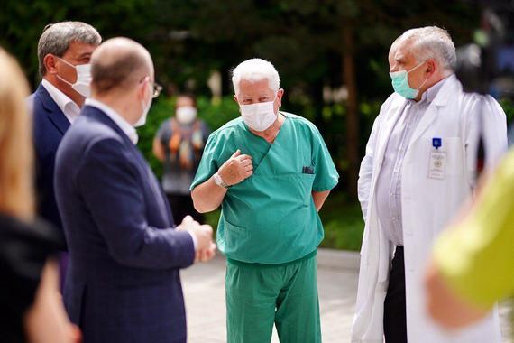 Через спалах COVID-19 на Львівщині буде звільнено керівництво лабораторного центру