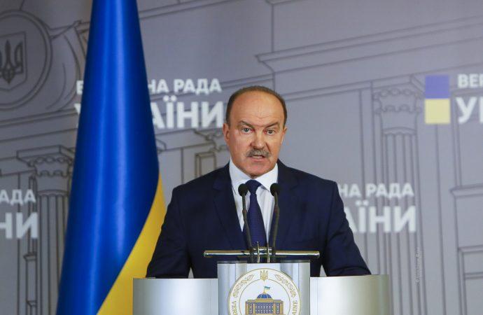 Михайло Цимбалюк: Робота нинішнього Кабміну під загрозою нелегітимності