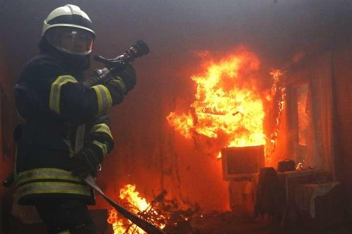 Вночі в Сокалі під час пожежі в квартирі загинув чоловік