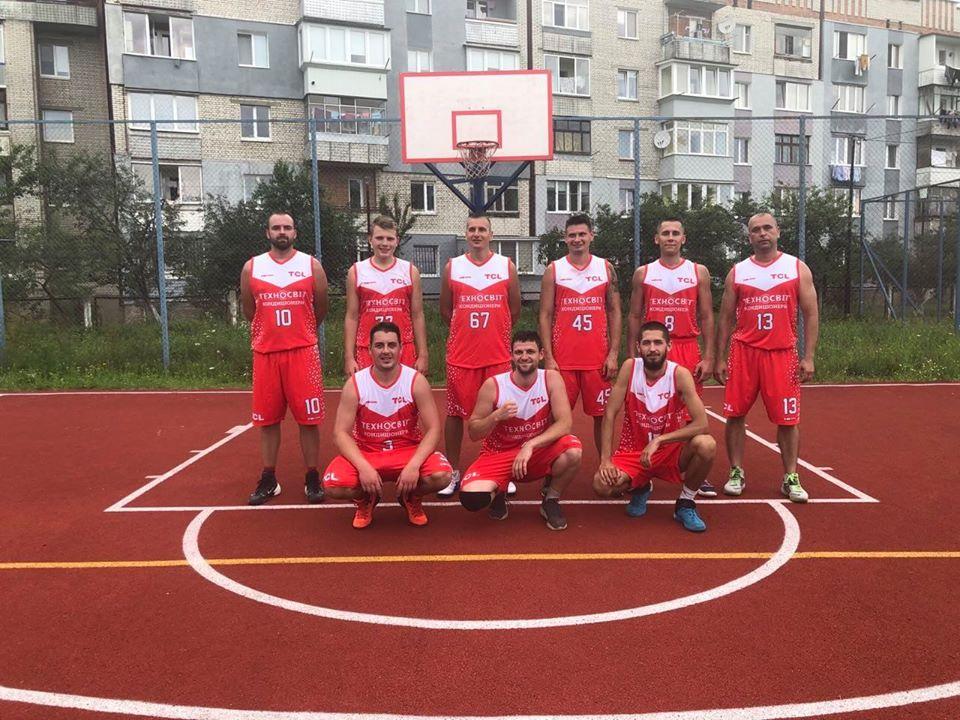 """Червоноградський """"Шахтар"""" у баскетбольному поєдинку переміг сокальчан"""