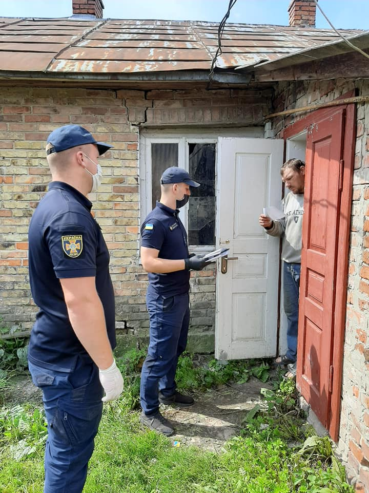 Жителям с.Переспа нагадали правила безпеки та основні причини пожеж в побуті