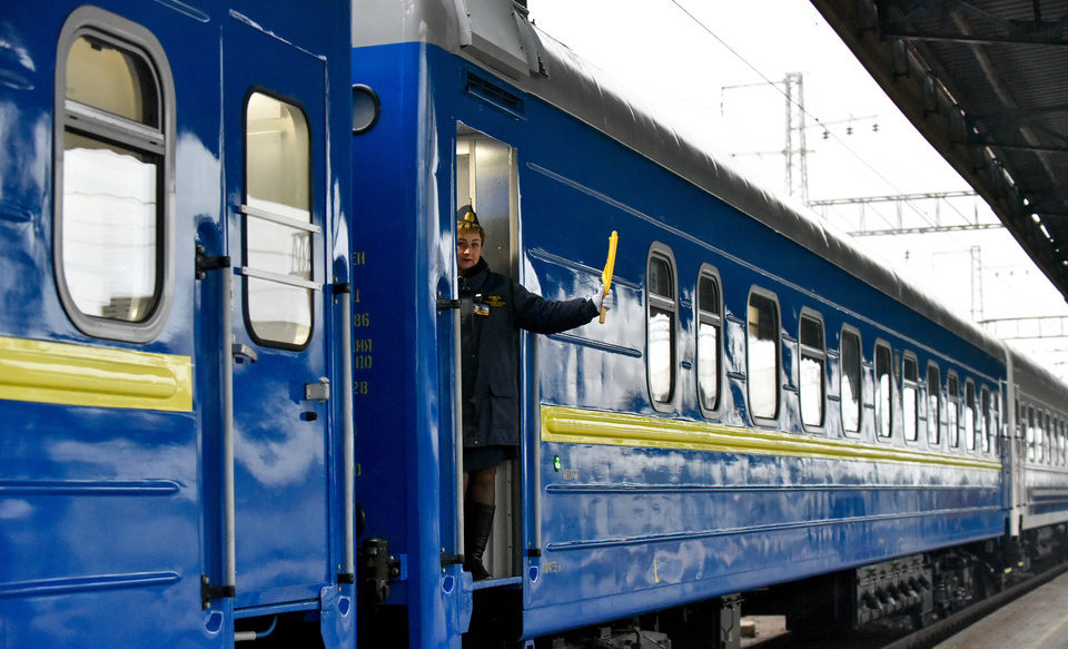 Львівська залізниця відновила курсування ще трьох приміських поїздів