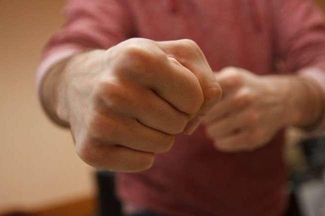 У Червонограді зловмисник жорстоко побив відвідувача кафе