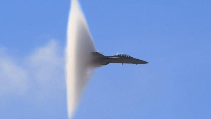 Впав літак? Ні! Випробувальний політ МІГ-29. Жителів району сьогодні налякав сильний звук, схожий на вибух
