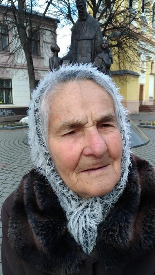 У Соснівці вже три дні шукають зниклу 85-річну жінку