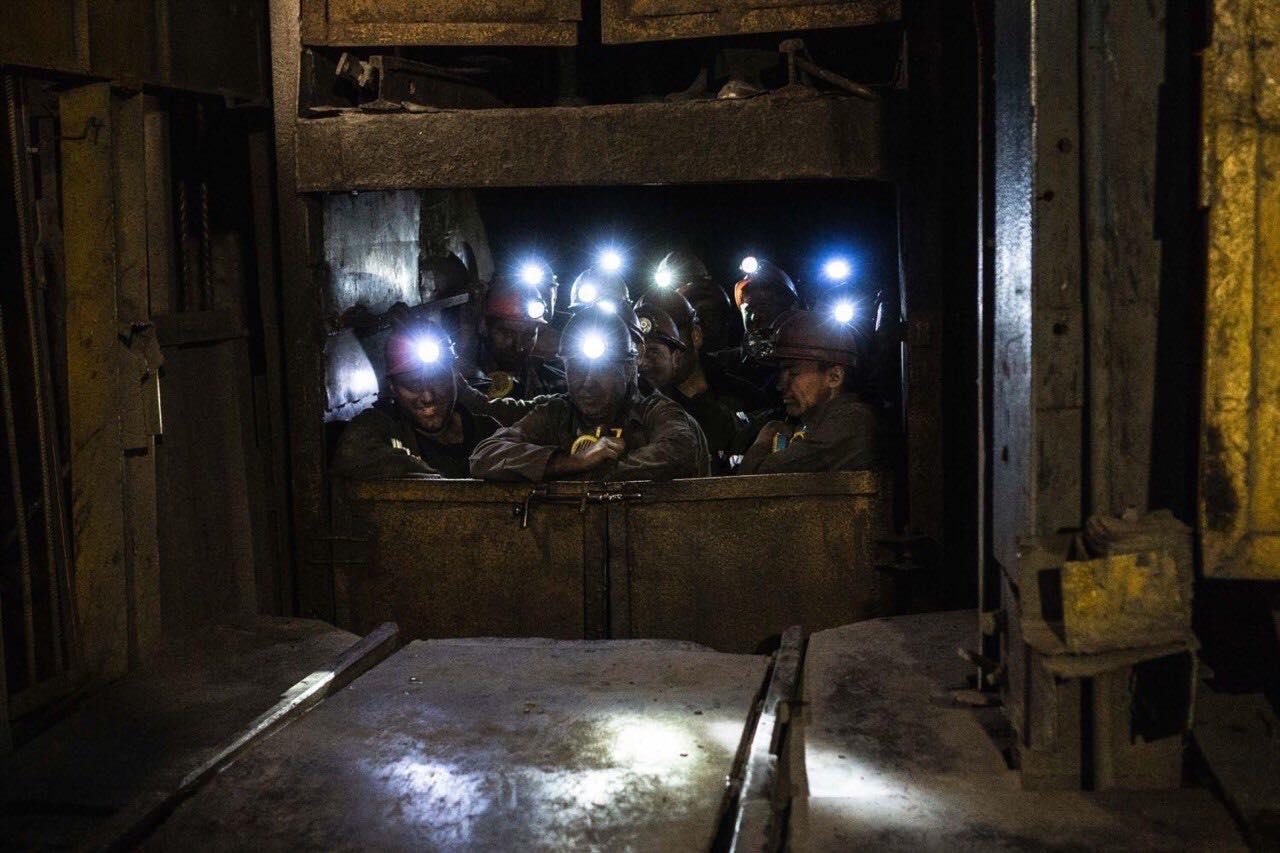 Сьому добу триває підземний протест на шахті «Надія», родини гірників з березня не отримують зарплат