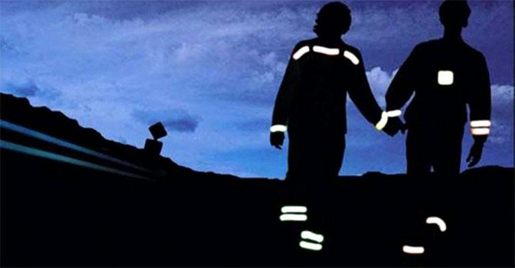 Червоноградська поліція нагадує про важливість світловідбивачів