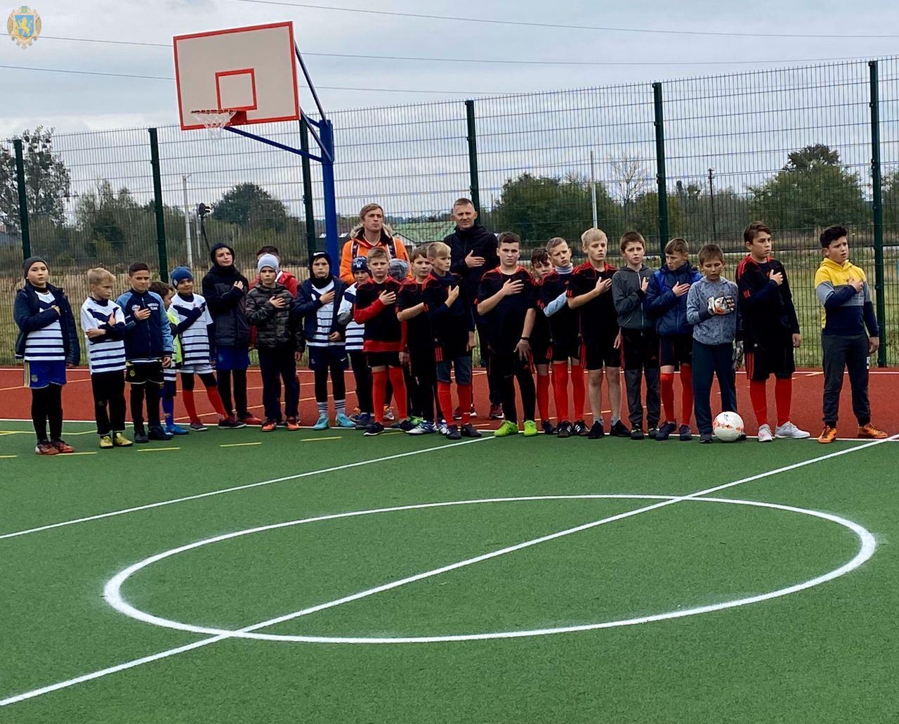На Сокальщині у с.Сілець відкрили сучасний ігровий майданчик