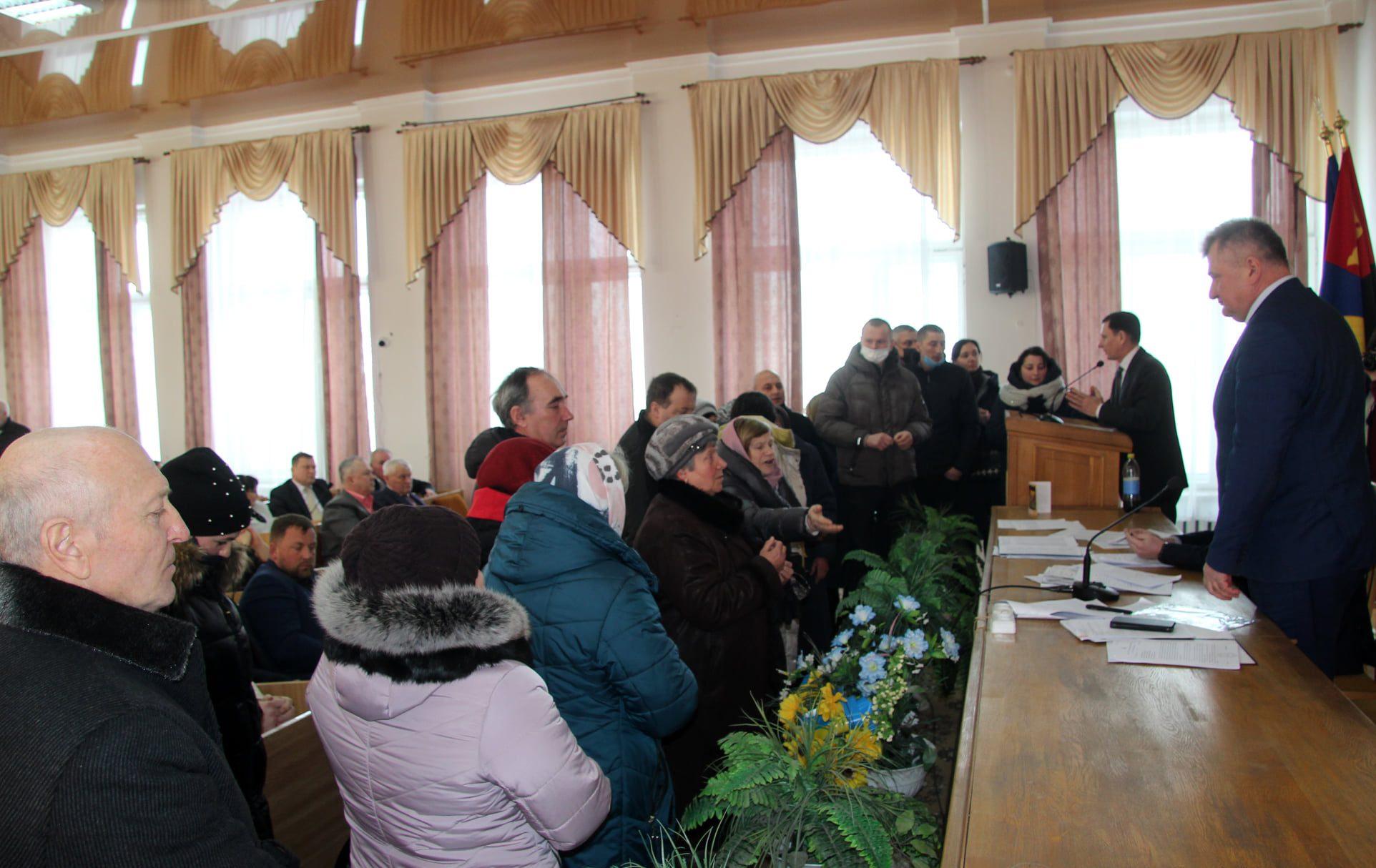 Дискусії, звинувачення та блокування трибуни на сесії Сокальської міської ради – як результат – Волицька громада і далі без старости